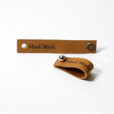 Кожаная бирка Hand Made с кнопкой  коричневый